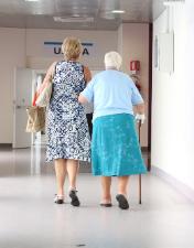 Centro Hospitalar de Leiria divulga alteração de horários  de visitas e acompanhantes